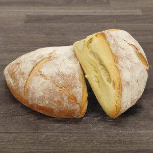 Grekiska surdegsbröd med gult mjöl